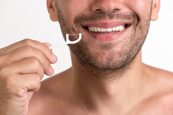 Relevância do uso de fio dental