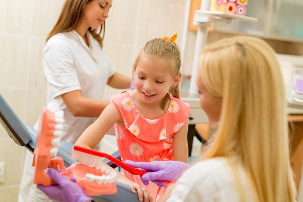 Cuidado dentário após a exodontia